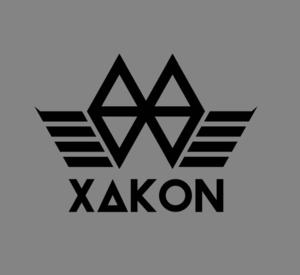 Xacon  Se funda en El Salvador la marca XAKON, bajo el concepto de nueva revolución. Creando piezas artisiticas de manera comercial. Lanza sus primeras 2 colecciones