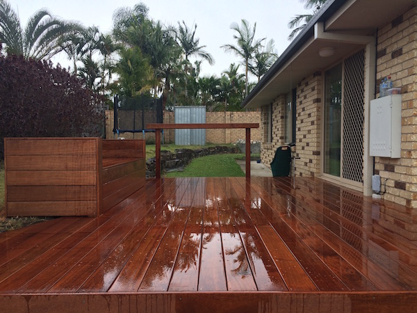 srmconstructions-gold-coast-builder-merrimac-deck3
