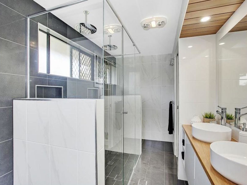 S R McGuiness Constructions Bathroom Renovation - Burleigh Waters