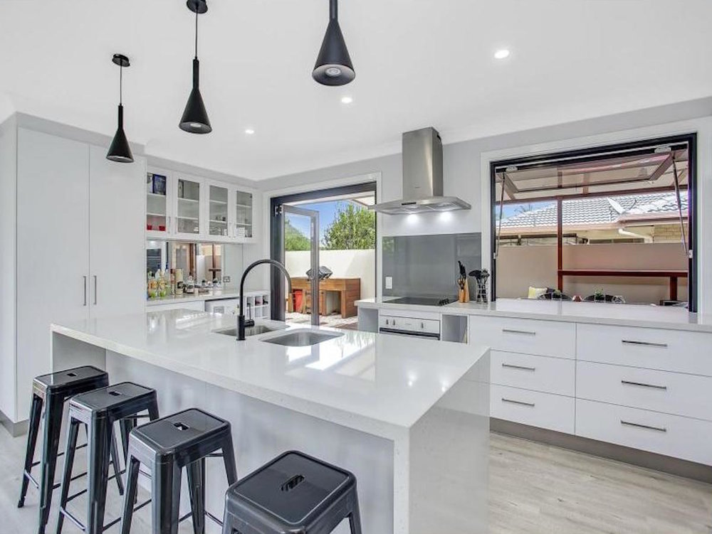 S R McGuiness Constructions Kitchen Renovation - Burleigh Waters