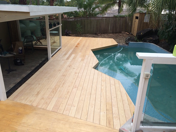 Poolside Deck - Robina