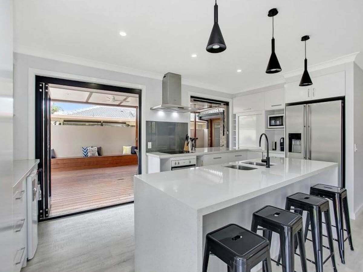 Kitchens | SRM Constructions, Gold Coast Home Building & Renovations ...