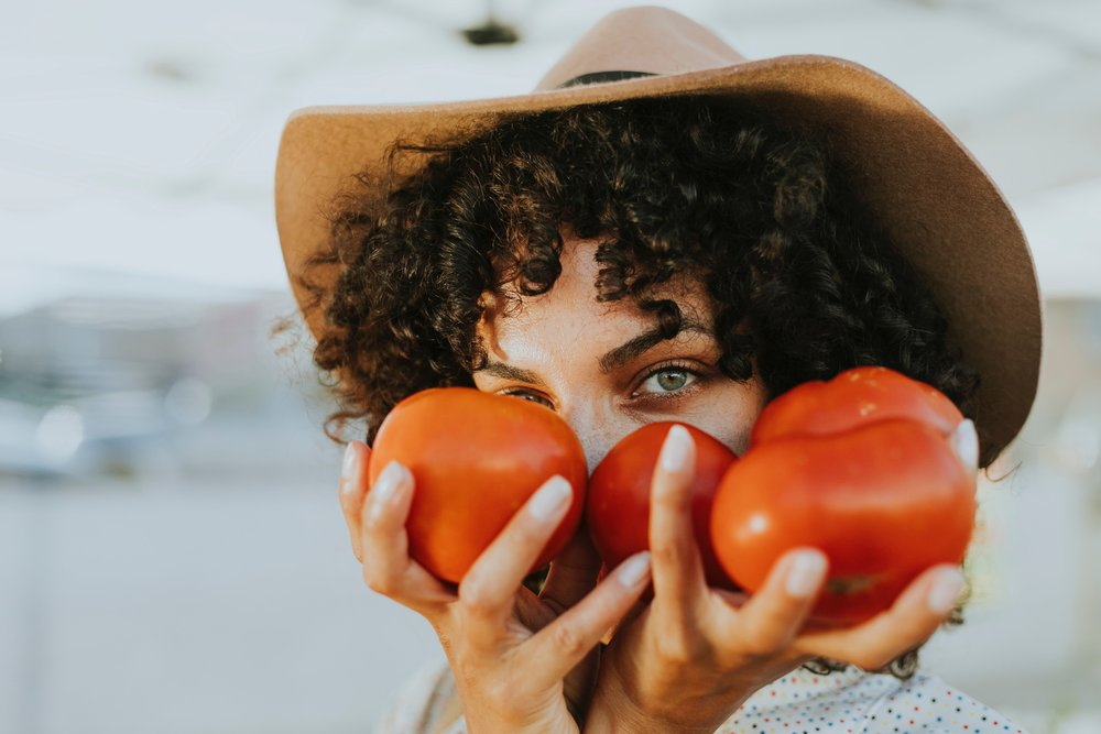 blur-curly-hair-facial-expression-1389102.jpg