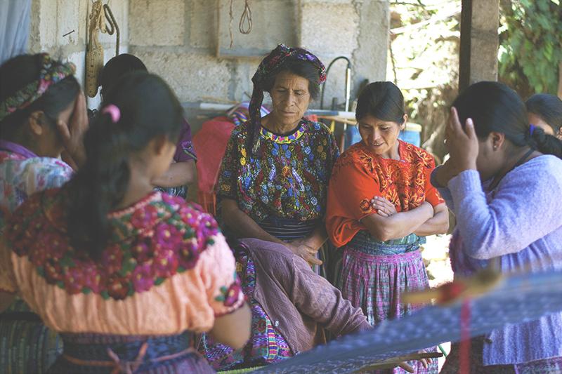Círculos de mujeres - Para llevar a cabo un proceso transformador de empoderamiento, nos organizamos en grupos de mujeres.