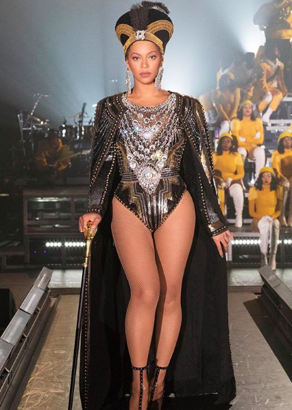 The Queen arrives to Beychella...
