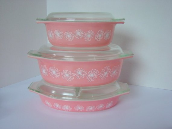 I have the same Pyrex and Midge!