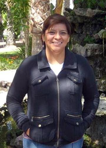 elizabeth castro.png