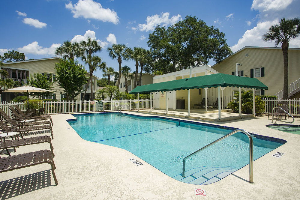 tampa-port_richey-apartment-one-bedroom-rental-two-pool-jacuzzi