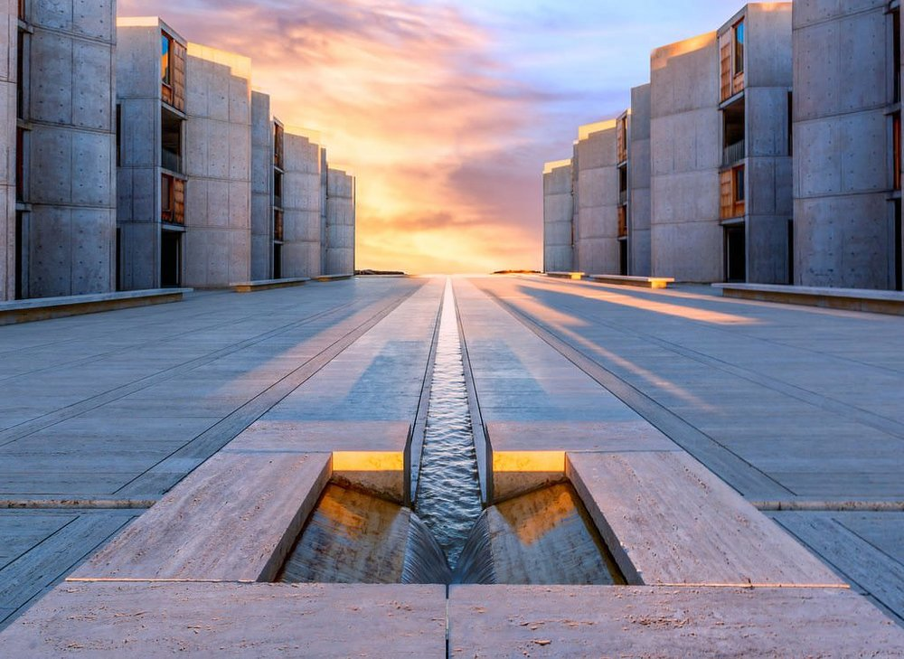 AbbeyMeditation: Architect: Louis Kahn / @salkinstitute  of Biological Sciences (1965). The client was Jonas Salk, the physician who developed the polio vaccine. It's a structure that represents the test of time and represent peace and tranquility. The experience within the building encourages meditation and can be spiritually transforming.