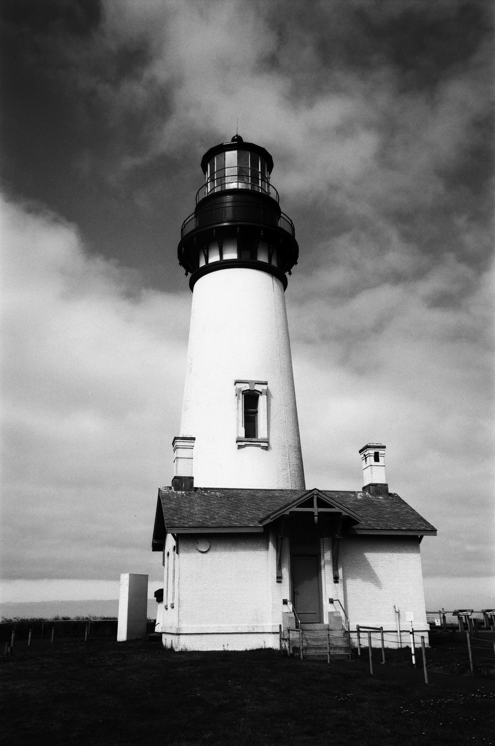 Yaquina Lighthouse.jpg