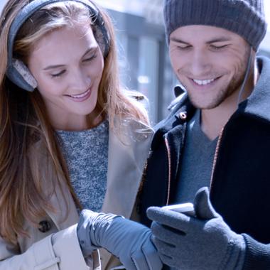 Mila Touchscreen Glove.jpg