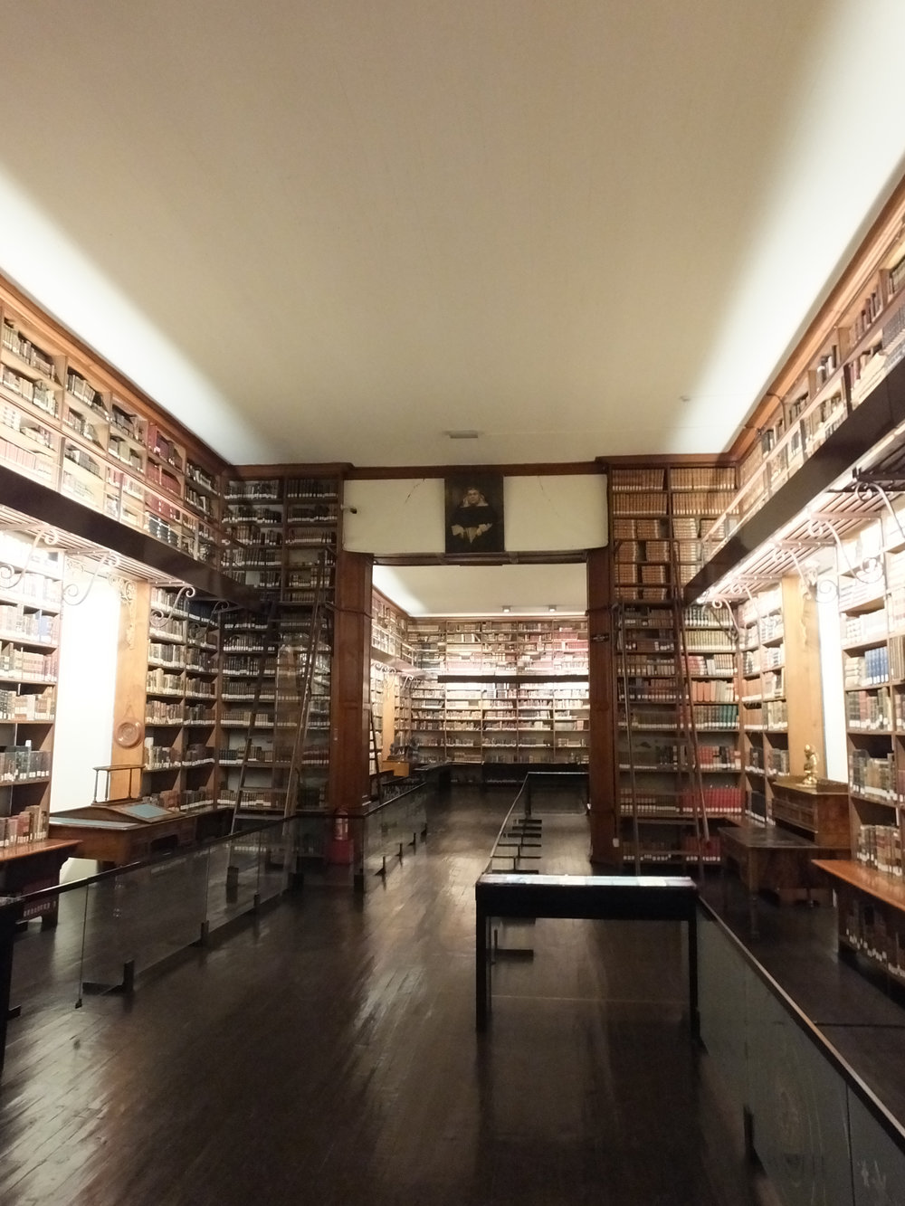 Recoleta Dominica Library. Photo courtesy Francisca Esponoza