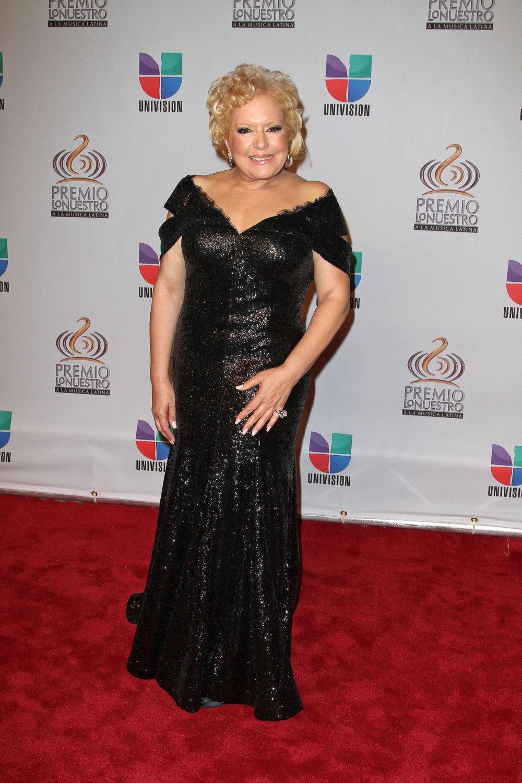 DRA. NANCY ALVAREZ