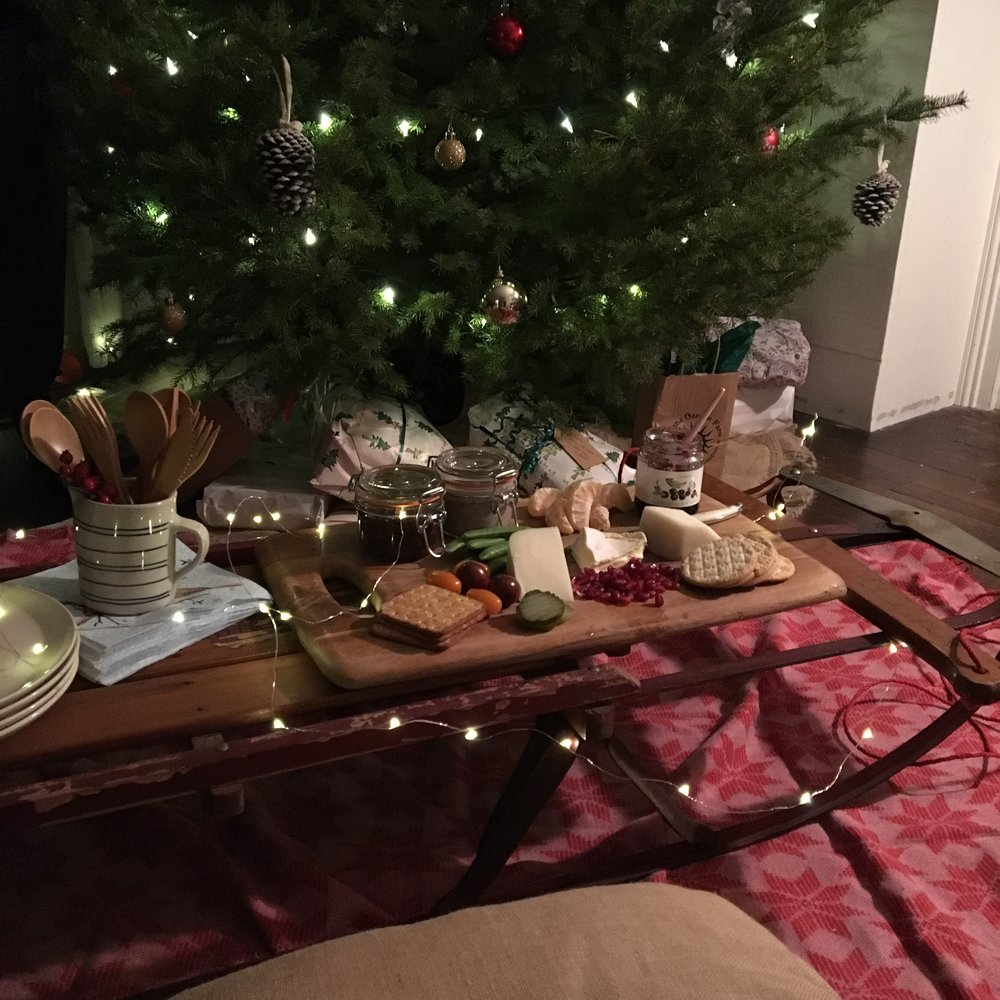 Try using an old antique sled as an indoor picnic table!