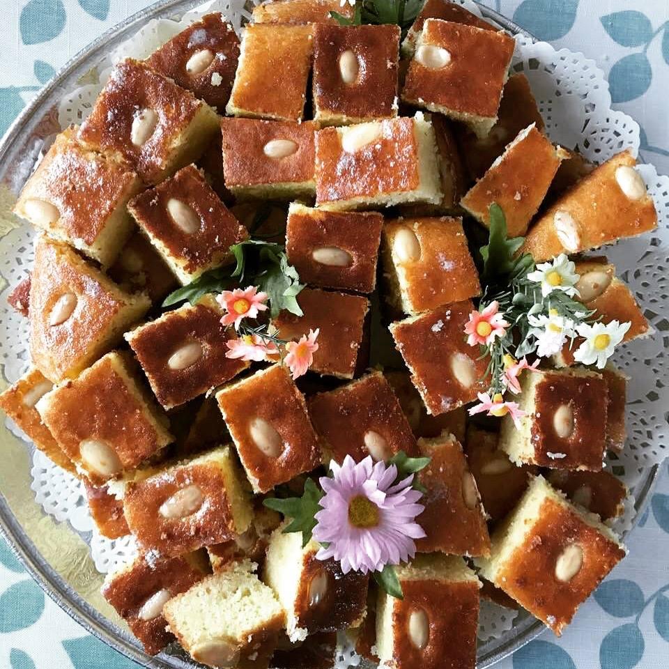Harriseh Semolina Cake