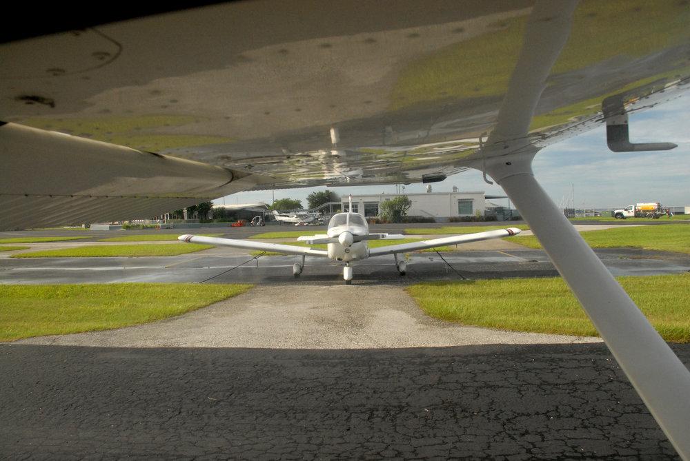 Cool Plane 8-26-10.JPG