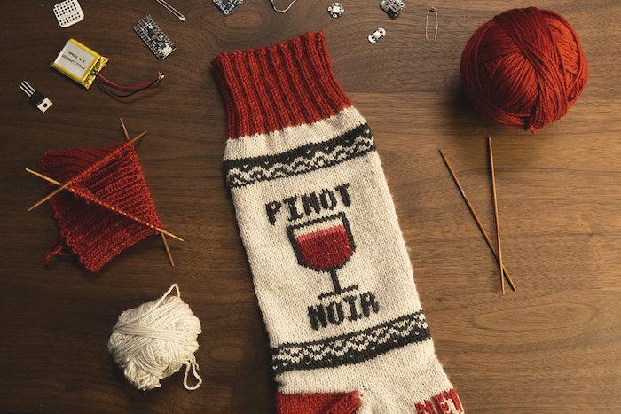 NETFLIX</br><em>Socks</em> branded