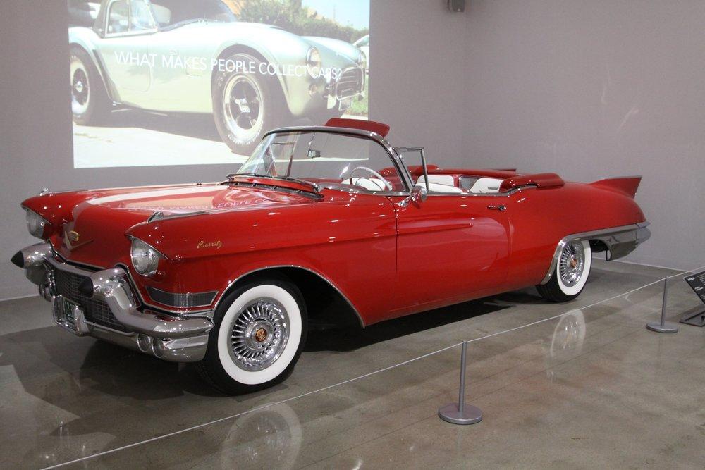 1957 Cadillac Eldorado Biarritz.jpg