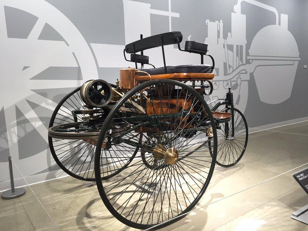 1886 Benz Patent Motorwagan Replcica 3.jpg