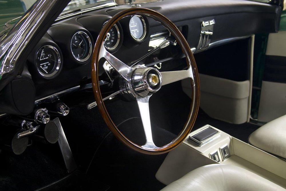 1954 Plymouth Explorer by Ghia 4.jpg