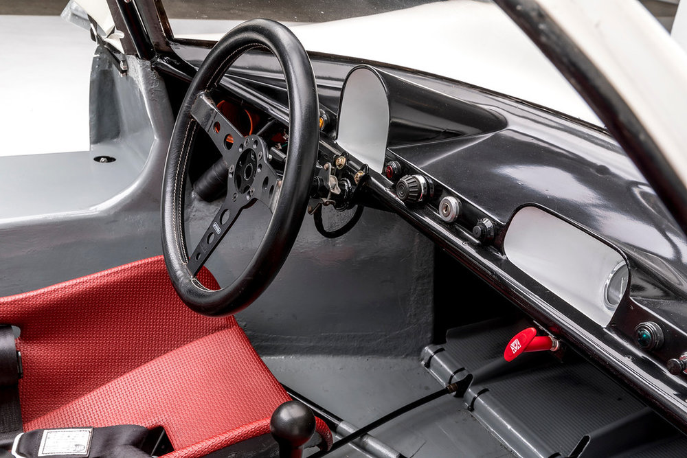 1967 Porsche 910 3.jpg