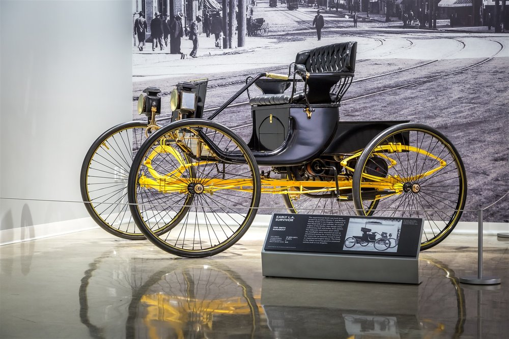 1900 Smith Runabout.jpg