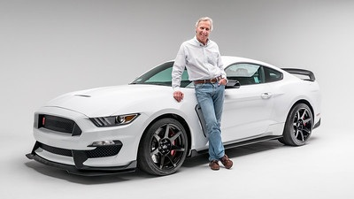 Rare 2015 Ford Shelby Mustang GT350R Sells at Barrett-Jackson to Benefit Petersen Automotive Museum -