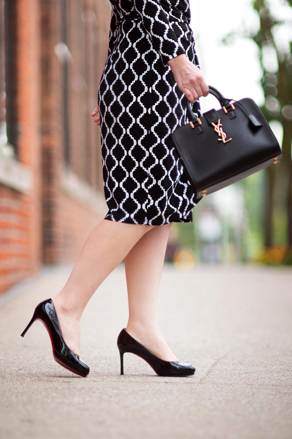 Petite-Fashion-and-Style-Blog---Maggy-London-Philomena-Dress-10.jpg