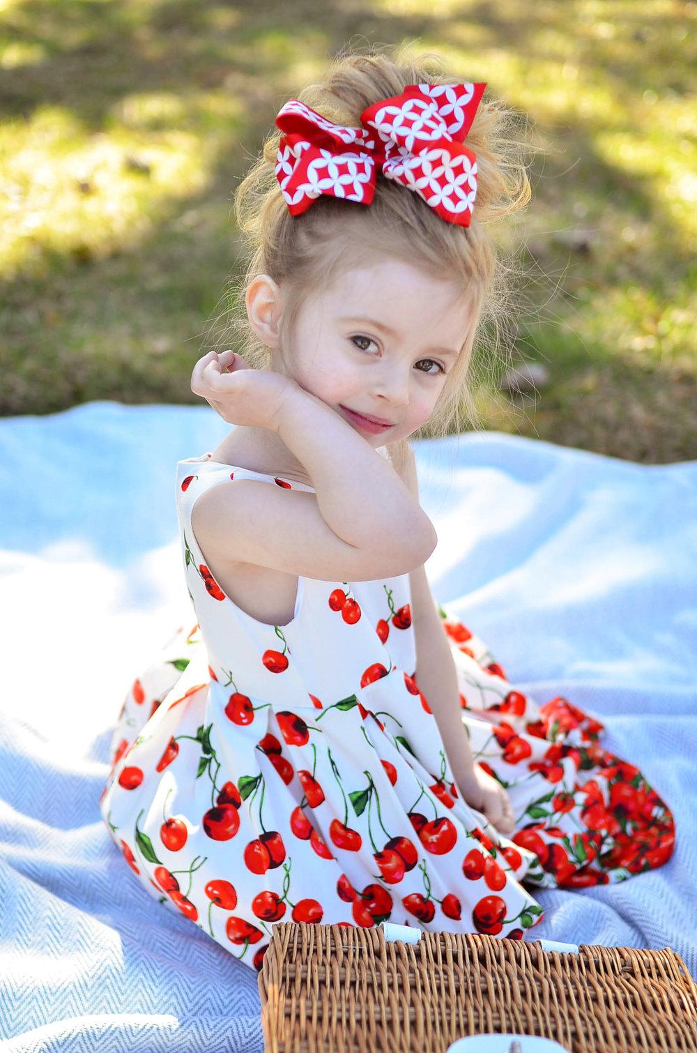 cherry-dress-maggy-london.jpg