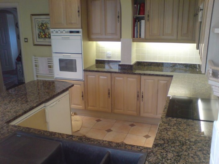 Baltic-Brown-Granite1-705x528.jpg