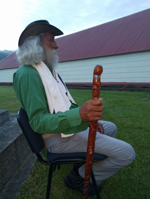 Koro Kelly at Tauarau Marae