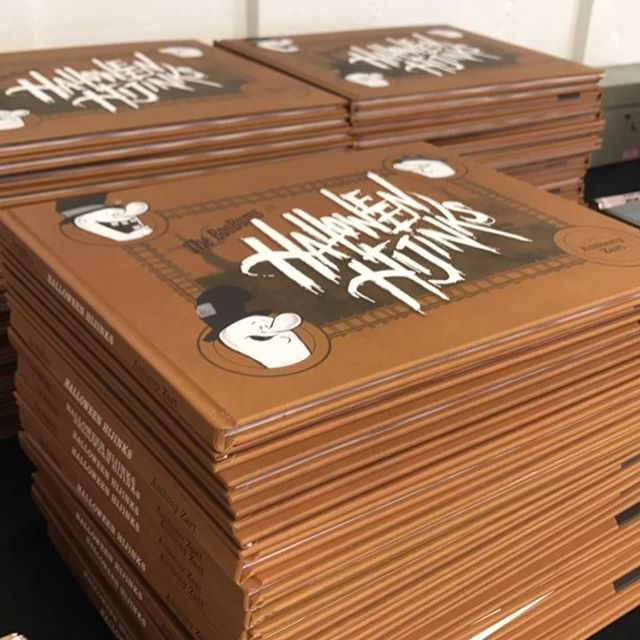 Copies still left! Fun pins! Prints!. . . . . . #halloween #illustration #ghost #kidsbooks #pingame #frenchpaper #screenprinting