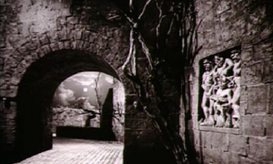 The courtyard at Castle Frankenstein
