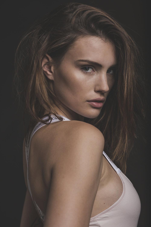 Elena-5.jpg