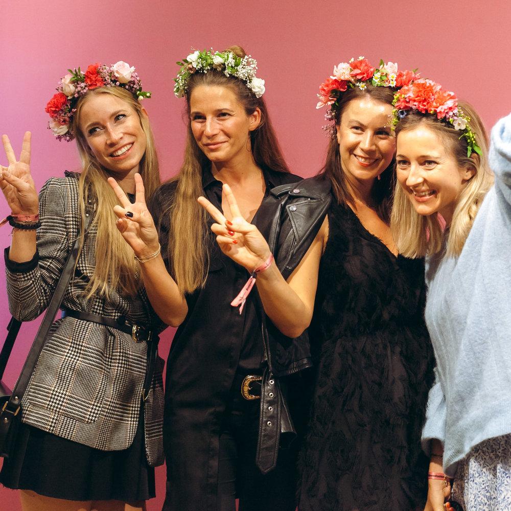 We-Are-Flowergirls_Designer-Edition_SS17_Marina-Hoermanseder_Flowercrown_MARINA_[_MG_3804].jpg