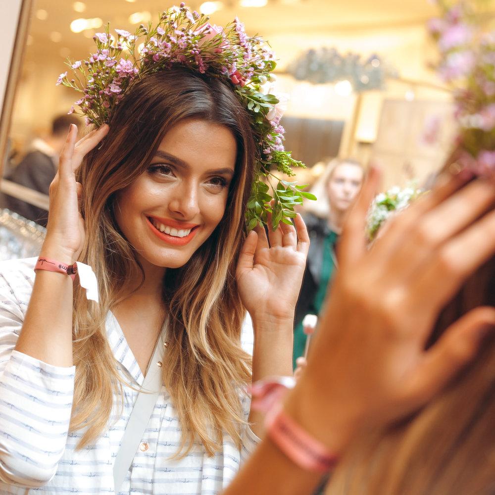 We-Are-Flowergirls_Designer-Edition_SS17_Marina-Hoermanseder_Flowercrown_MARINA_[_MG_3910].jpg