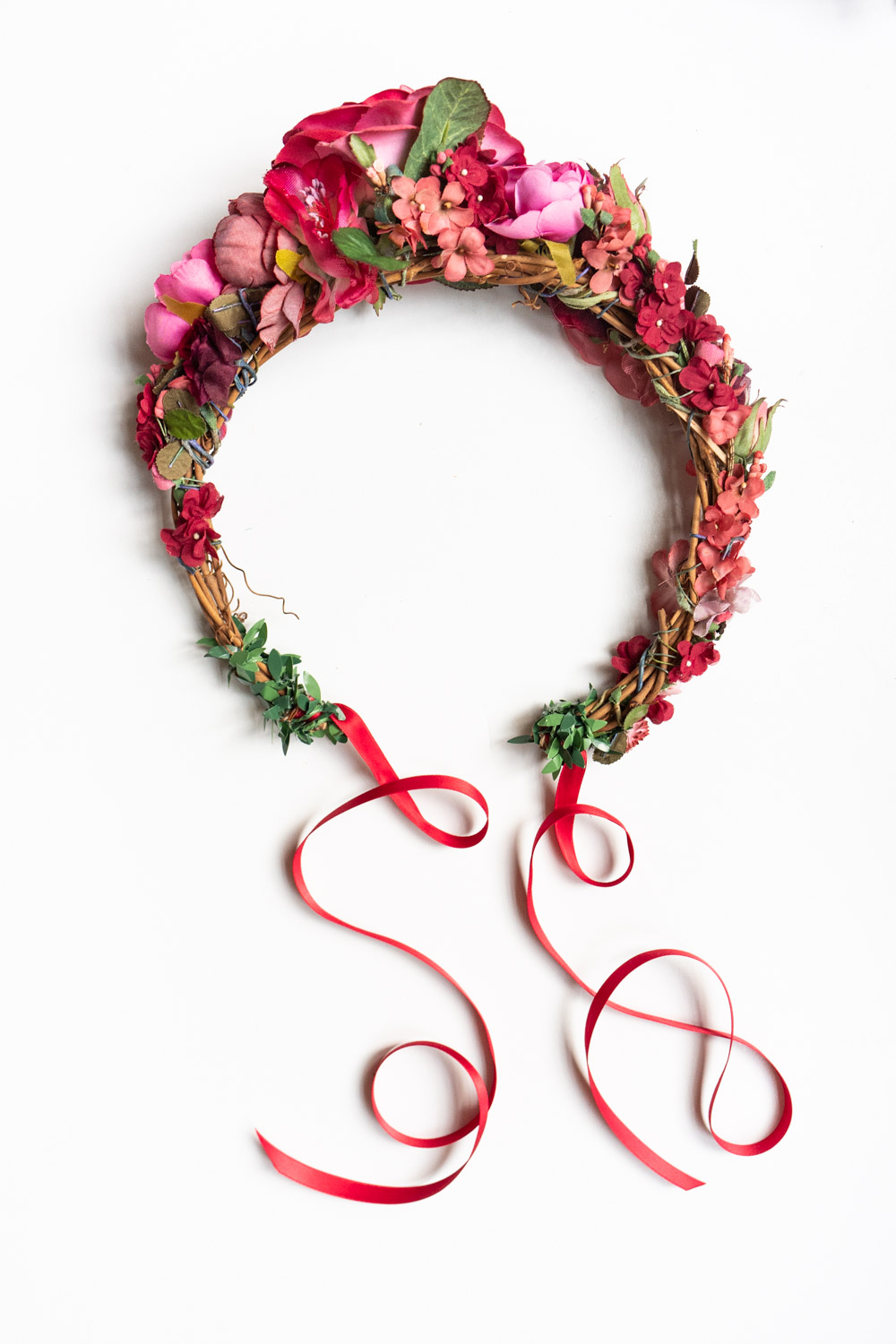 WeAreFlowergirls--Around-the-head-Flowercrown-Roxane-€149,–[L1480179].jpg