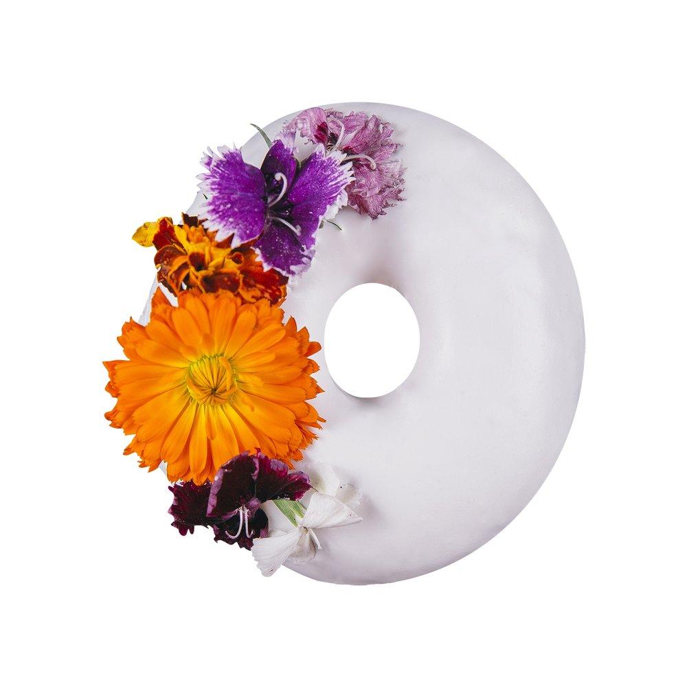 SPRING HAS SPRUNG - VANILLA GLAZE+ SPRINKLES+ EDIBLE ORGANIC FLOWERS