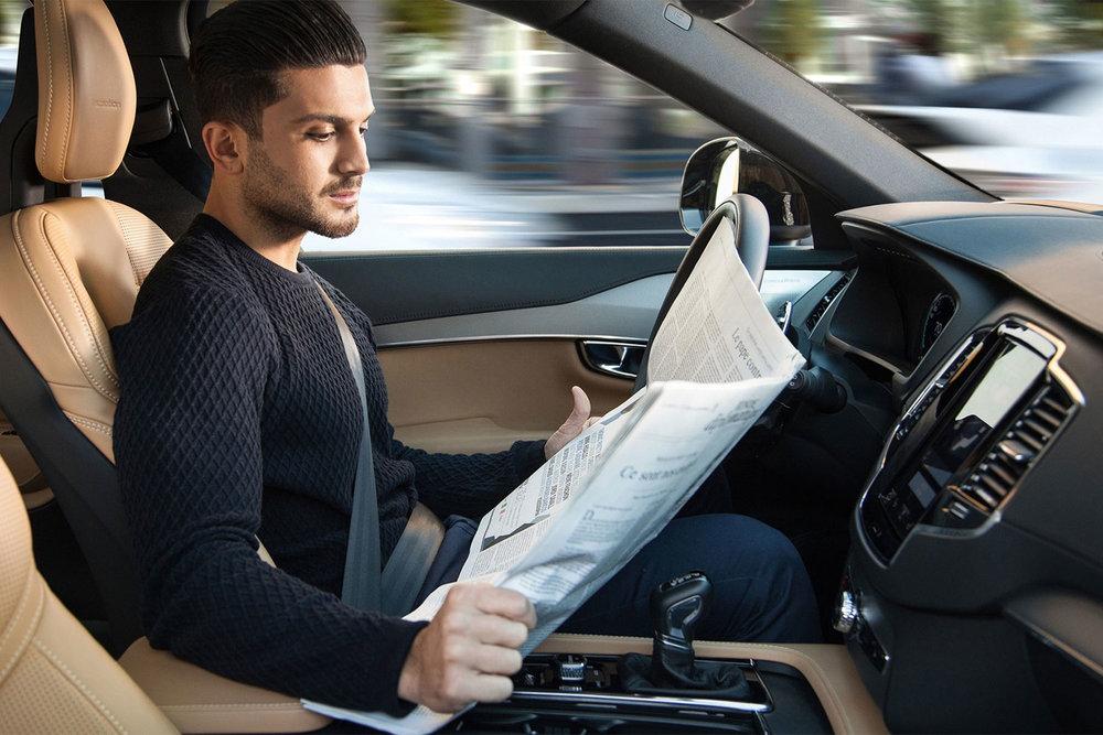 Volvo-Intellisafe-Autopilot.jpg