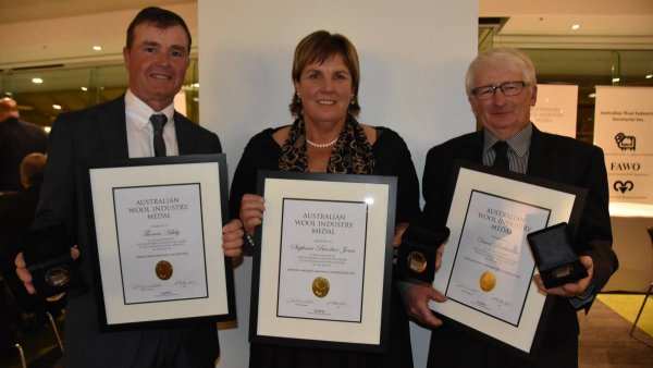 Tom Ashby, North Ashrose stud, Gulnare, SA, Elders district wool manager Steph Brooker-Jones, SA, and David Rowbottom, St Helens, received medals.