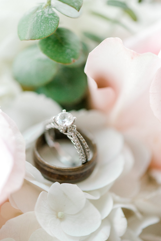 Wedding ring - wedding photographer