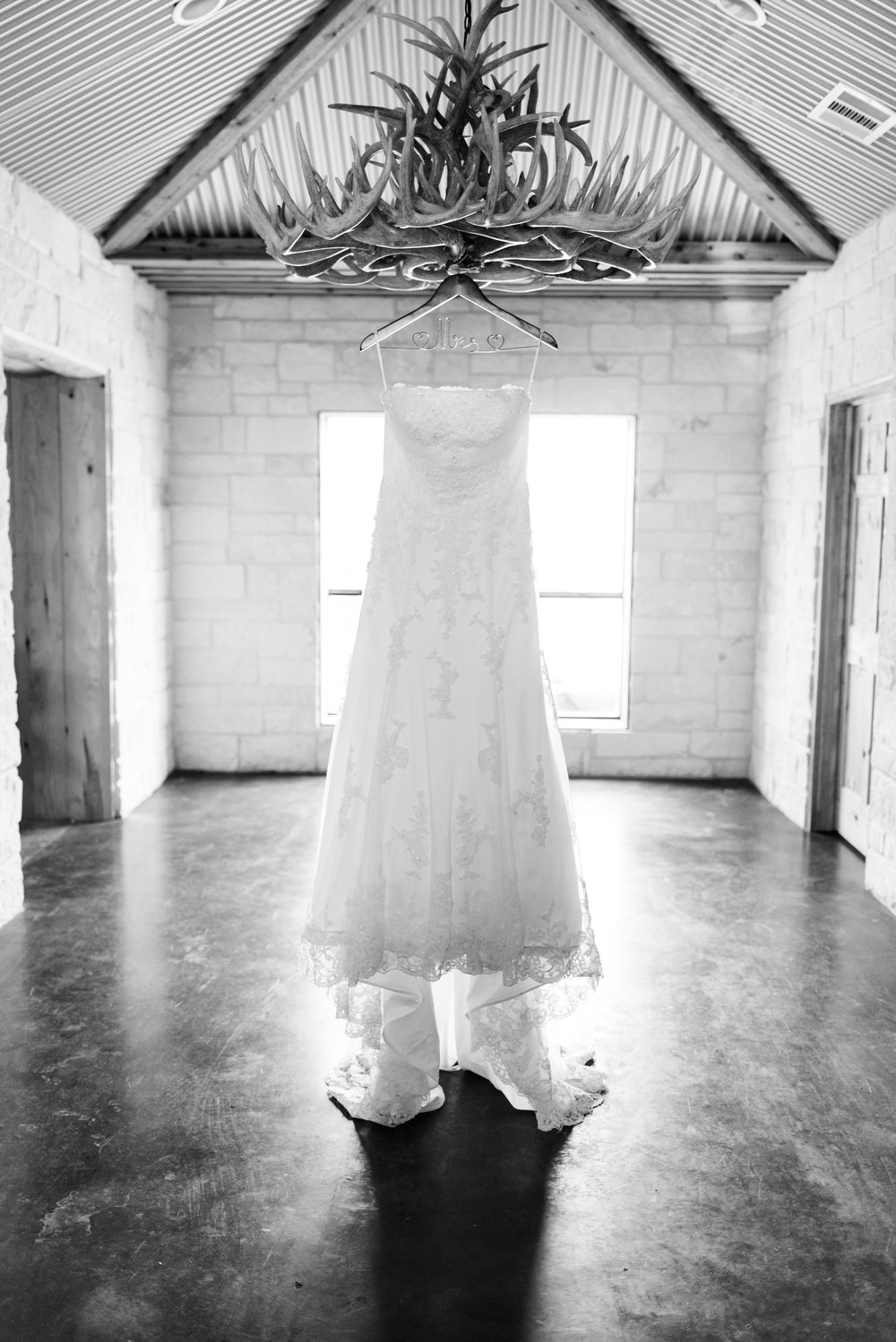 bridal gown photography - wedding photographer