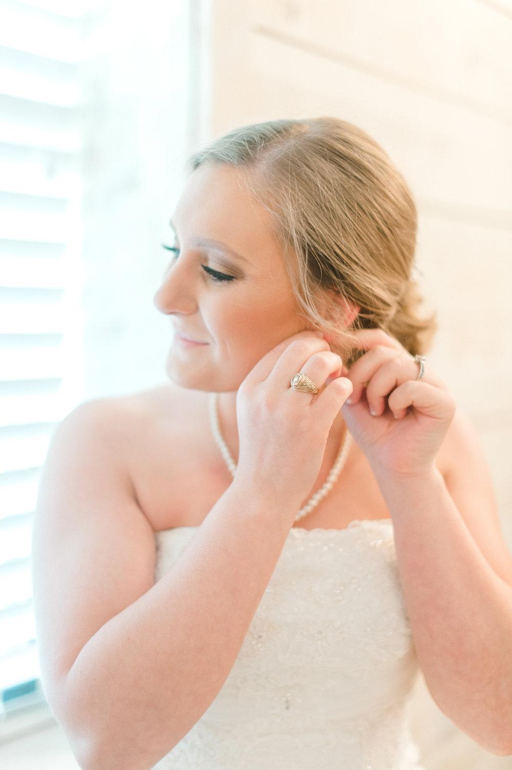 bride getting ready - wedding photography