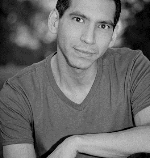 Luis Garcia Jr. Headshot.png