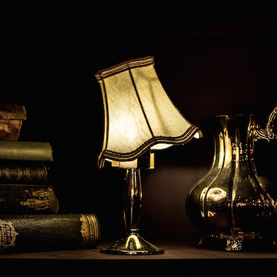 Find the value of your antique lamps by uploading photos of your old lamps.