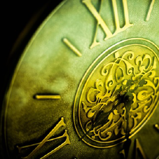 Find the value of your antique clocks, including grandfather clocks from around the world.