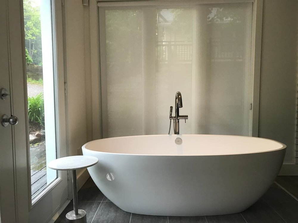 Victoria Albert Bath tub
