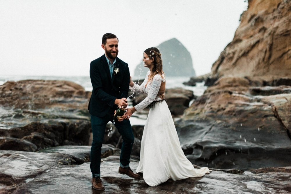 You're Eloping!!! - Makeup and Hair Styling Only $300On location Bridal Makeup and Hair Styling Complimentary airbrush makeup and false eyelashesTravel fee included within 100 miles roundtrip from my studio in West Seattle * Does not include a trial run