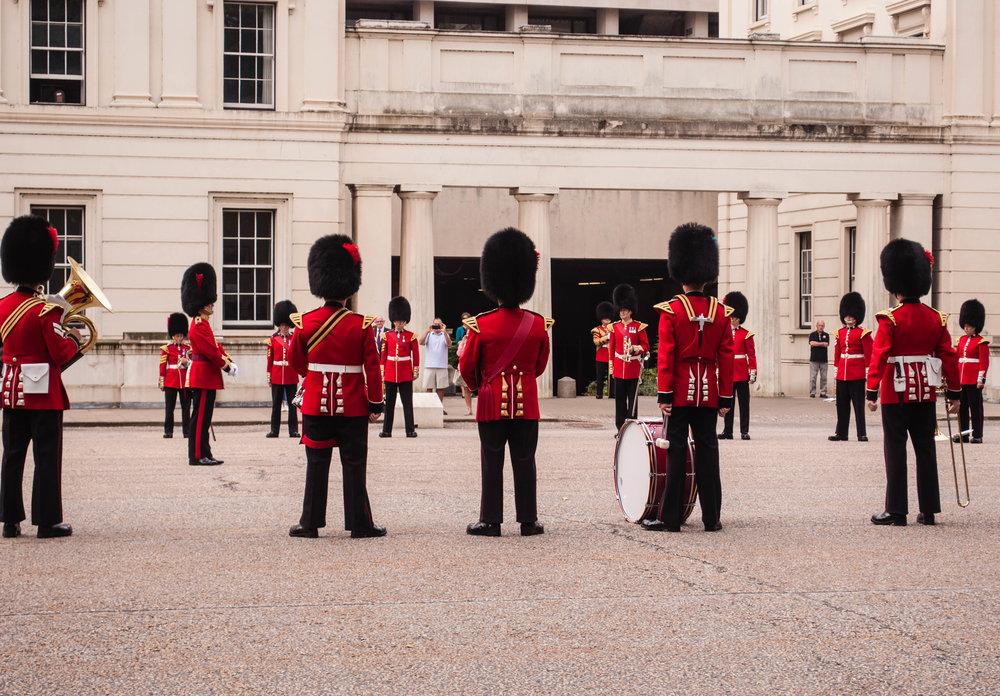 Guards23.jpg