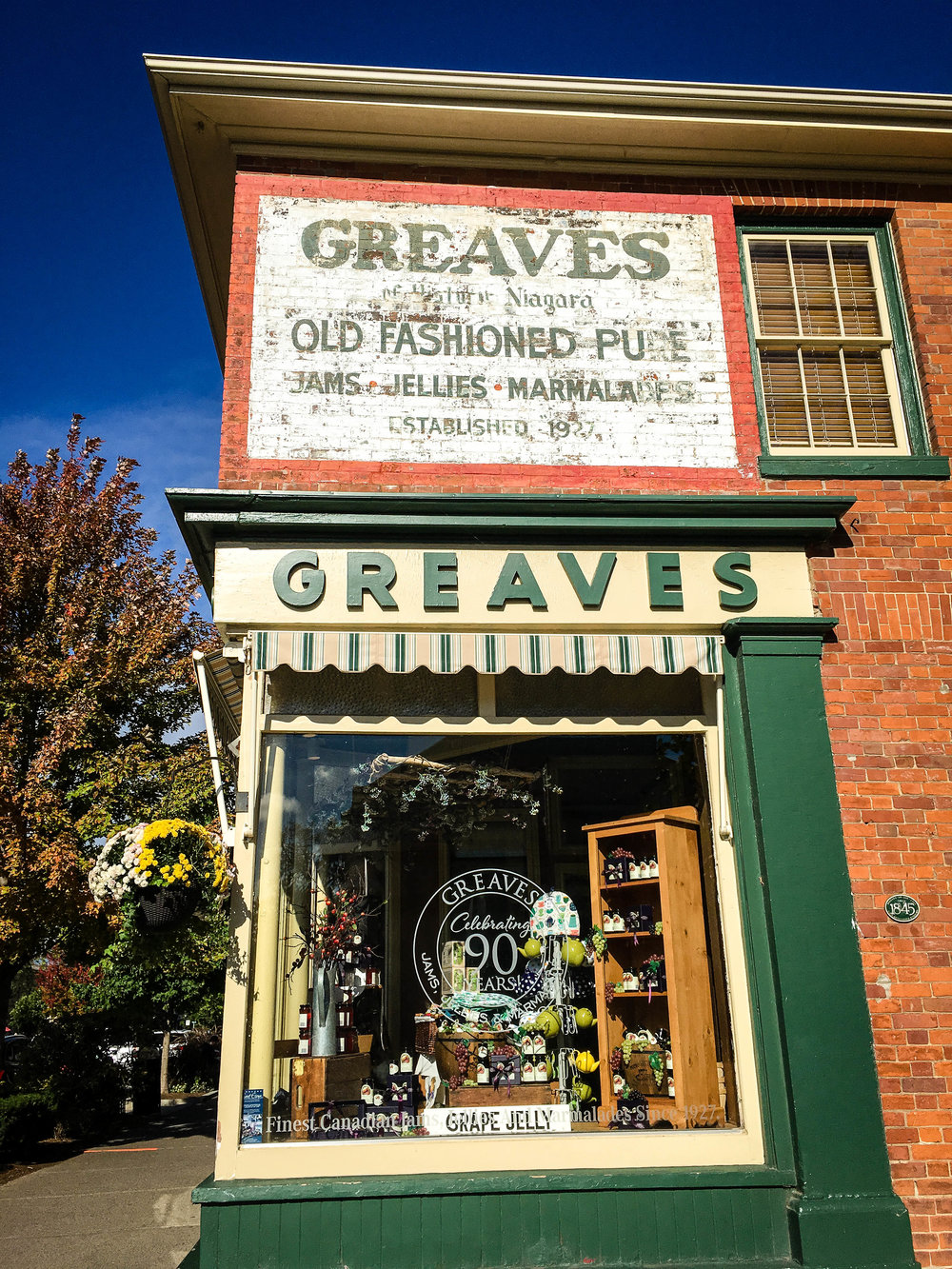 Store front of  Greaves in the town of Niagara on the Lake